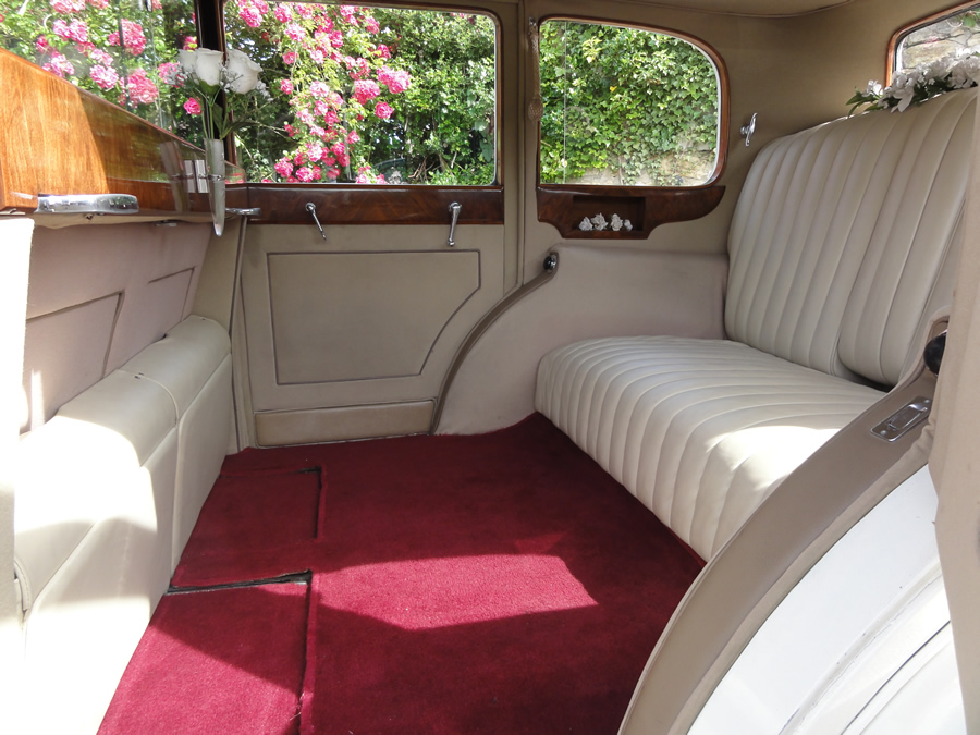 Fort Worth Classic Car Rates, Vintage, Antique, Wedding Getaway, Prom, Homecoming, Funeral