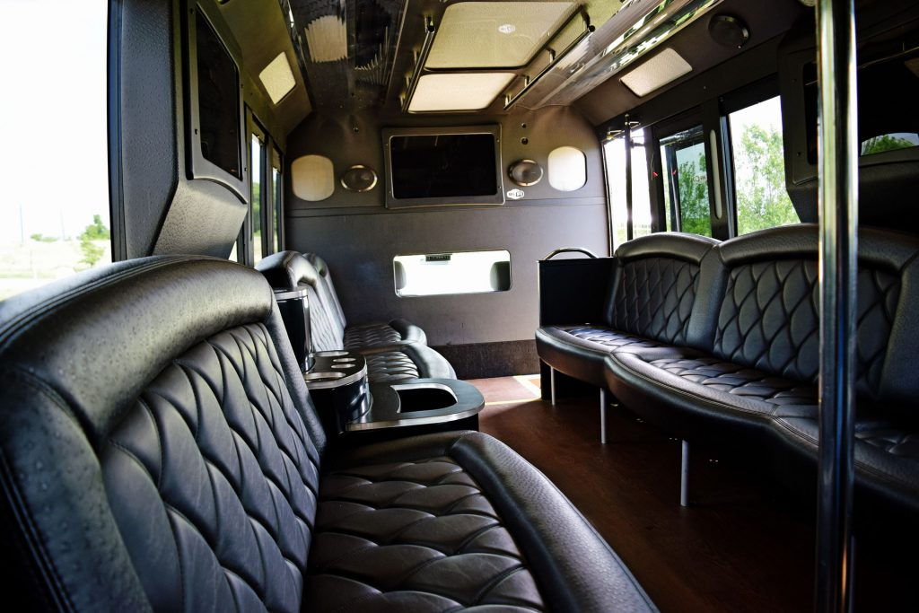 Top Fort Worth Limo Bus Rentals, Party, Shuttle, Charter, Birthday, Pub Bar Club Crawl, Wedding, Airport Transport, Transportation, Bachelor, Bachelorette, Music Venue, Concert, Sports. Tailgating, Funeral, Wine Tasting, Brewery Tour