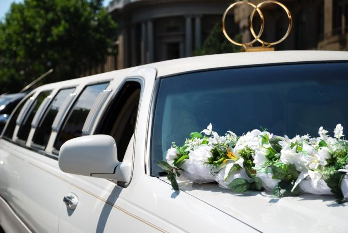 Fort Worth Wedding Limo Services, Limousine, Sedan, Party Bus, Shuttle, Charter, Bride, Groom, Classic, Vintage, Antique, White Rolls Royce Bentley, One Way